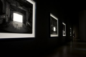 Hiroshi Sugimoto - serie de teatros abandonados