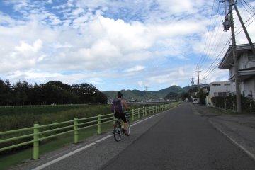 Велопоездка - лучший способ добраться до Асамы