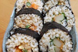 Macrobiotic, vegetarian sushi