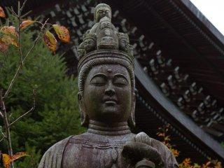 Kannon, tượng Phật Quan Âm Bồ Tát