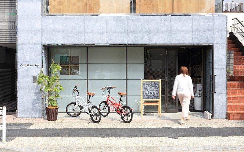 The entrance to Oak Hostel Fuji