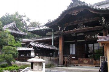 Храм Сэнгакудзи