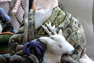 Старинная кукла осиэ из коллекции