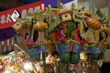 Komazare lucky bamboo rakes at Ebisuko Festival