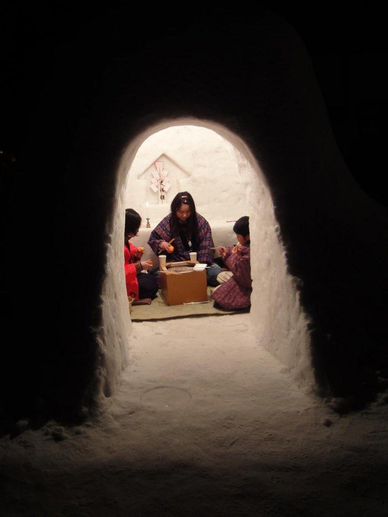 yokote kamakura igloo festival akita japan travel tourism