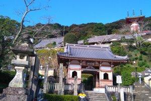 Yakuouji Temple 23