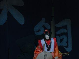 傾城(けいせい)阿波の鳴門は阿波人形浄瑠璃の人気演目