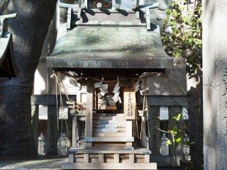 Un sanctuaire plus petit