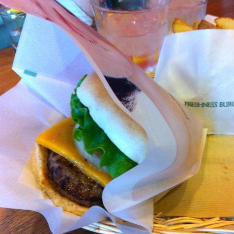Fujisawa's Freshness Burger Cafe