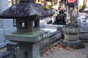 Buddhist staturay