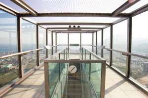 The glass windows and ceiling give great views!