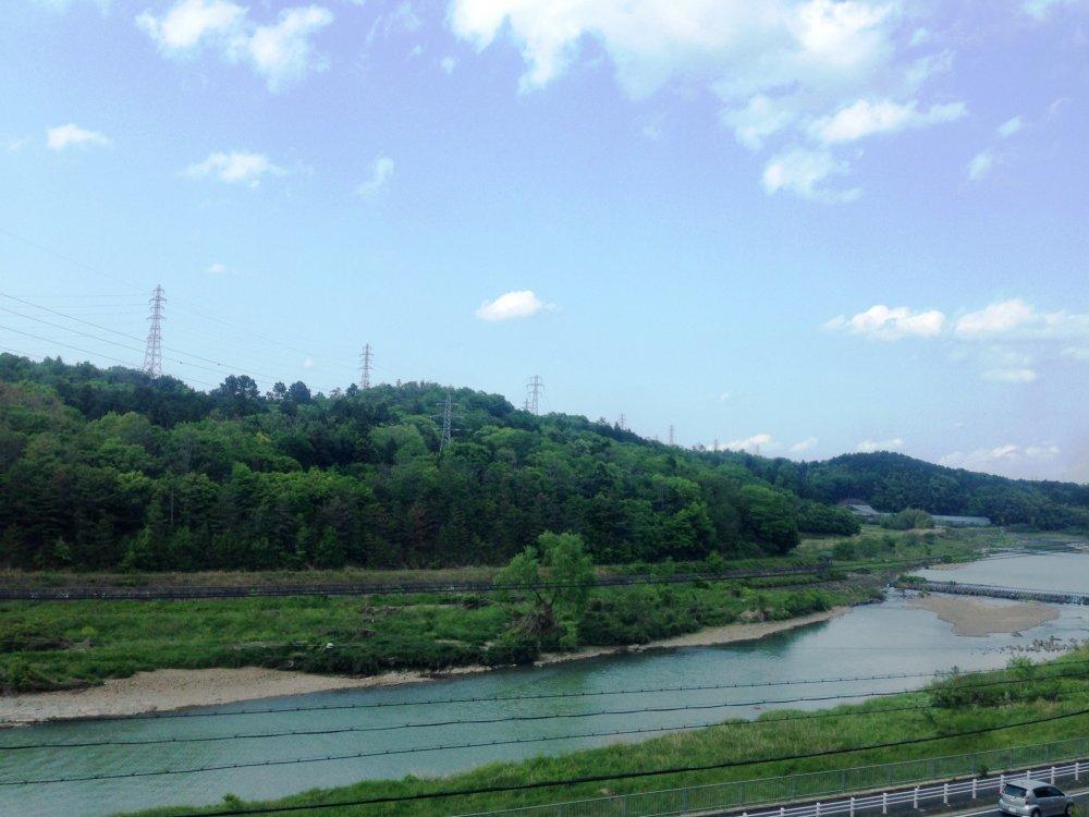 Núi và sông