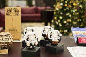 Daruma dolls, symbol of Gunma prefecture,in the lobby