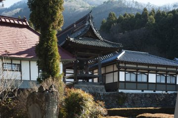 Ganshoin Temple where you can admire The Great Ho-O, a ceiling picture by famous painter Hokusai