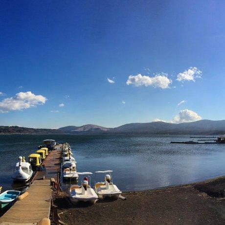Lake Yamanaka, Yamanashi