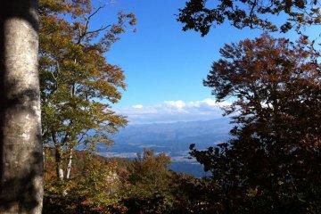 Japanese ridge hiking always offers stunning views