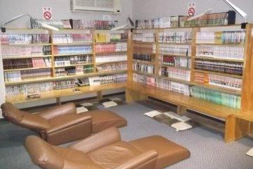 <p>The well-stocked manga room</p>