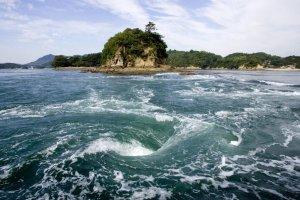Whirlpool in the Seto Inland Sea