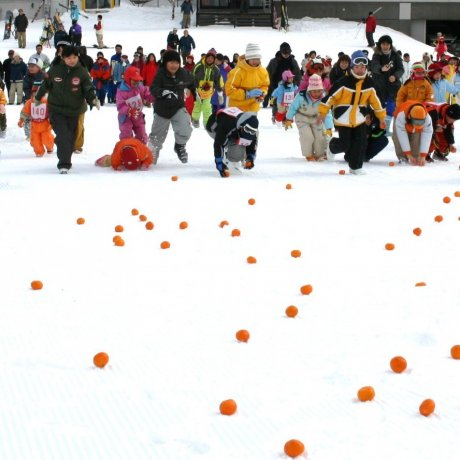 เทศการฤดูหนาว Karurusu Onsen
