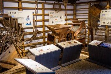 Old equipment in the Meiji period farmhouse