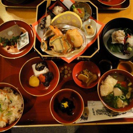 Honmaru Goten Palace Restaurant
