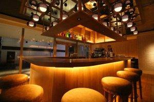 HY Tokyo gastro Bar