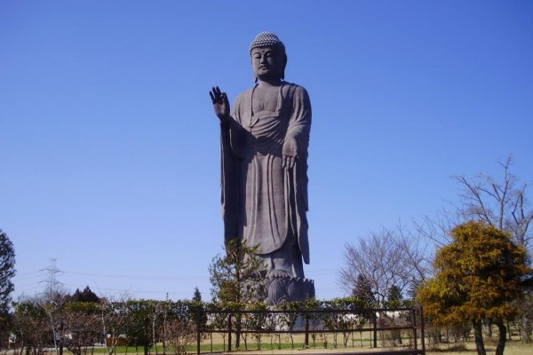 The Daibutsu as seen from the entrance to the grounds