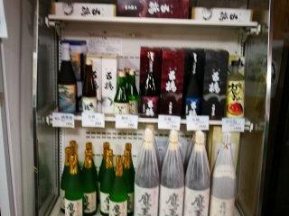 ทางร้านมีขายเครื่องดื่มท้องถิ่น