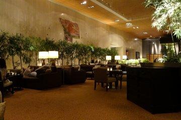 ห้องอาหาร Bamboo Lobby Bar & Lounge
