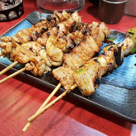 หาเรื่องกิน ที่ตรอกยากิโทริ โตเกียว