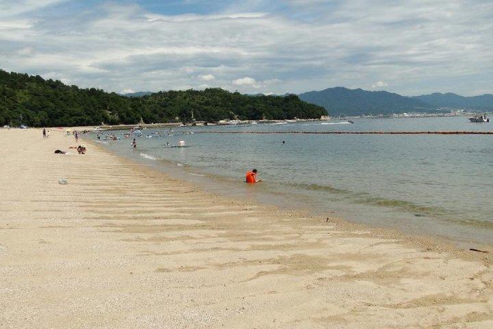 Tsutsumigaura Beach