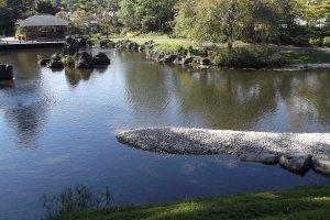 Momiji-yama garden, yang ada di dalam Taman Sunpu