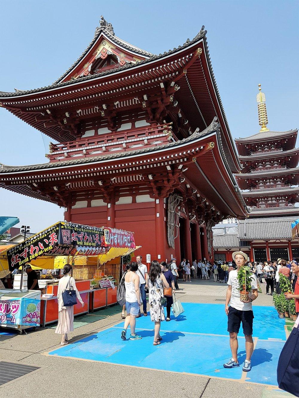 เที่ยวงานวัดในอะสะคุสะ โตเกียว