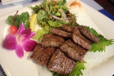Meriken Hatoba - Kobe Beef