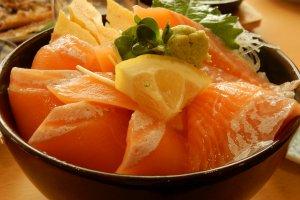 Salmon Donburi yang lezat