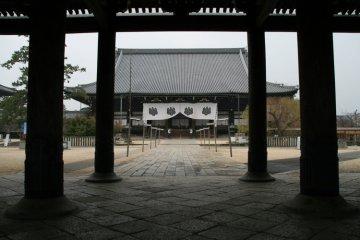 The Senjuji's Meido, main worship hall