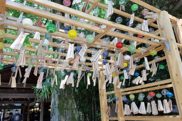 เทศกาลกระดิ่งลมที่ศาลเจ้า Hikawa