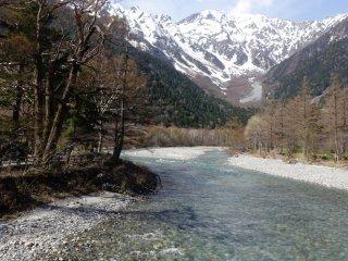 Asuza-gawa flowing from Hida Mountains