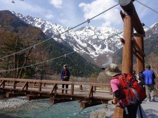 Kappa-bashi over the Asuza River