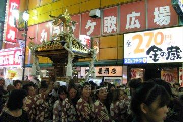 Фестиваль в Икебукуро - дань традициям