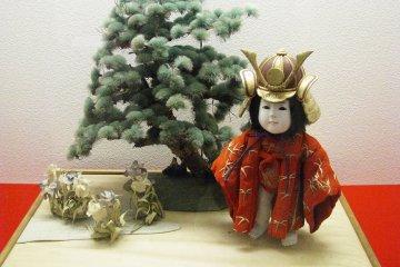 Кукла-персонаж япоского фольклора