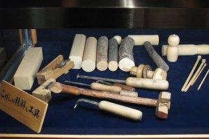 Материал и инструменты для изготовления кокэси