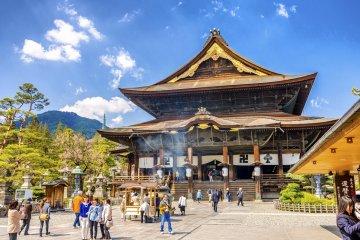 Đền Zenkoji