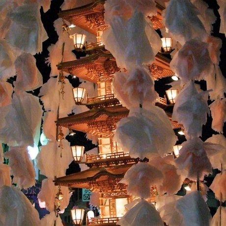 เทศกาล Oeshiki ที่วัด Ikegami Honmonji