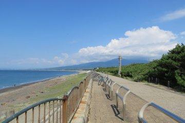 Promenade along the coast