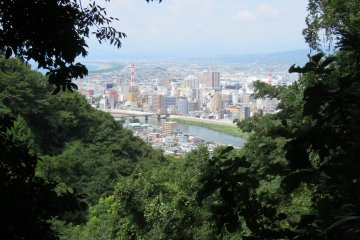 View along trail of Kankiyama Park