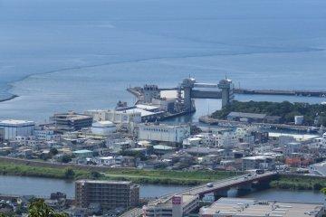 Port area from Kankiyama Park Observation
