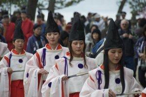 Heian Era Shrine Maidens