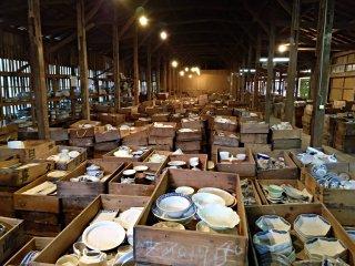 São mais de 10 000 peças disponíveis para caçar - na verdade nem os funcionários sabem quantas são - e pode escolher entre a área de 5000 ienes por cesto ou 10 000 ienes por cesto