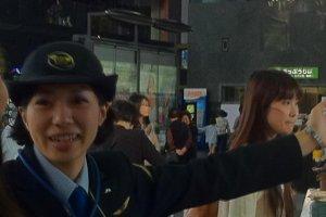 Os simpáticos funcionários da JR (Japan Railway) são de grande ajuda